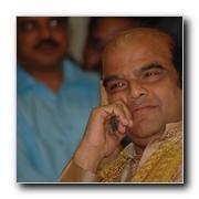 Tamil Movies News Lyricist Vijay Maaperum Kavithai