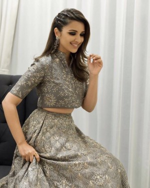Parineeti Chopra (aka) ParineetiChopra