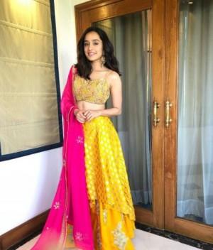 Shraddha Kapoor Aka Actress Photos Stills Images