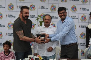 Tree Plantation & Initiative By MCGM & Bhamla Foundation With Sanjay Dutt