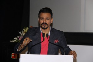 Vivek Oberoi And Sonali Bendre To Support Feed The Future Now