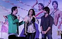 Shahid Kapoor & Sonakshi Sinha promoting R...Rajkumar at a mall in Mumbai