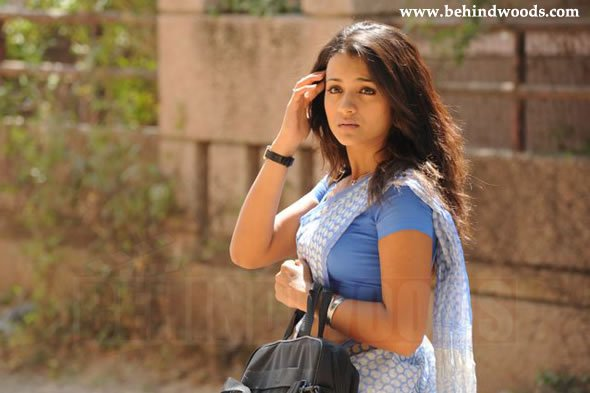 http://www.behindwoods.com/hindi-tamil-galleries/vinnai-thaandi-varuvaaya-06/vinnai-thaandi-varuvaaya-01.jpg