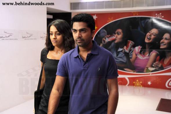 http://www.behindwoods.com/hindi-tamil-galleries/vinnai-thaandi-varuvaaya-06/vinnai-thaandi-varuvaaya-06.jpg
