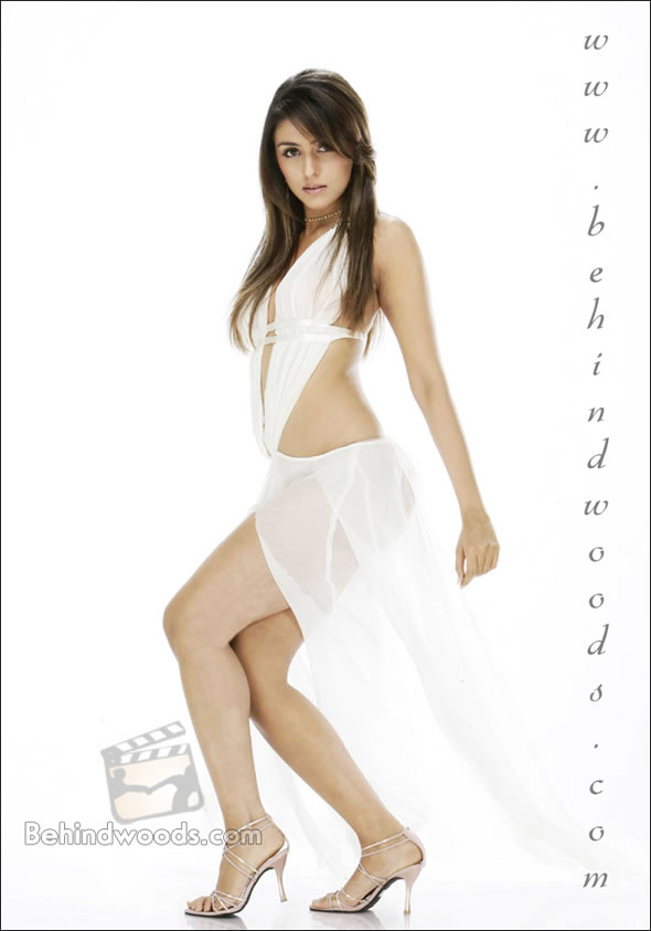 Aarti Chhabria - Wallpaper