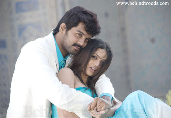 "The image ""http://www.behindwoods.com/image-gallery-stills/photos-9/jayamkondaan/bhavana-10.jpg"" cannot be displayed, because it contains errors."