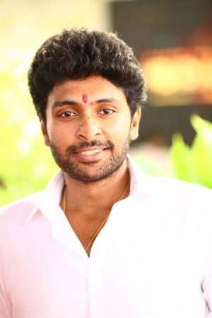 Vikram Prabhu (aka) Vikram Prabu