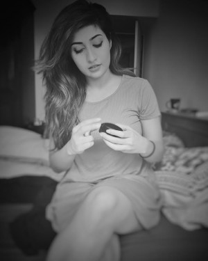 Anissha Singh (aka) Anisha Singh