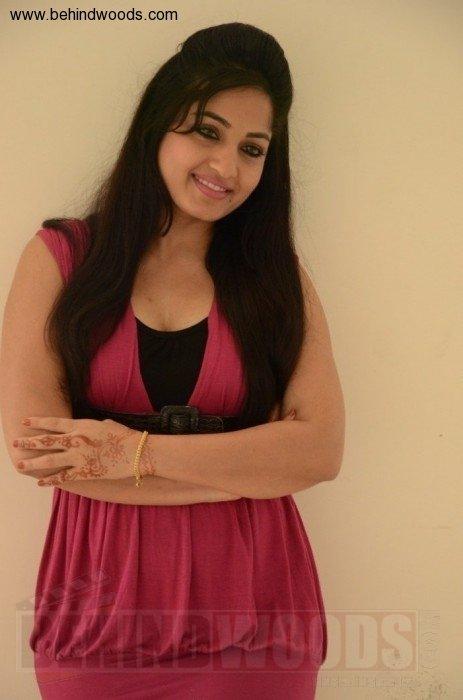 Madhavi Latha (aka) MadhaviLatha