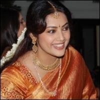 meena s role in vijay s movie meena vijay sattam oru