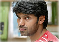 Vishnu And Nirav Decide Aryas New Look Behindwoods Naan
