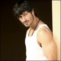 ajith-vijay-18-11-11