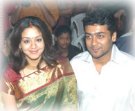 Jyothika And Surya Movies http://www.behindwoods.com/tamil-movie-news/dec-06-04/28-12-06-surya-jyothika.html