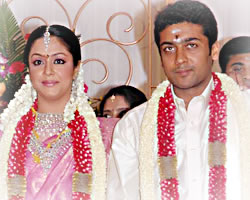 Jyothika And Surya Movies http://www.behindwoods.com/tamil-movie-news/sep-06-02/11-09-06-surya-jo.html