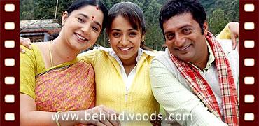 Abhiyum Naanum - Pachhai Kaatre Video | Prakash Raj ...