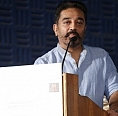 Kamal gives it back to the journalists!