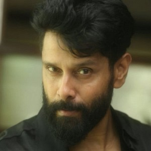When is Vikram shifting from Dhruva Natchathiram to Saamy 2?