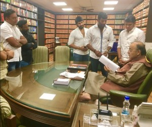 """*மத்திய அமைச்சர்களை சந்தித்த விஷால் """" நம்ம அணியினர் """" !!"""
