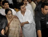 Bollywood pays its respects to Madhuris father