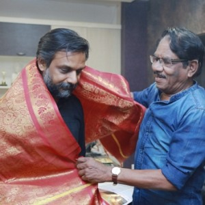 Director Bharathiraja Felicitated Thiru Murugan Gandhi