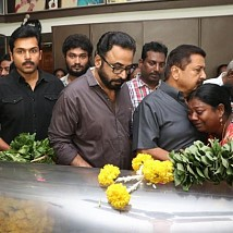 Industry pays last respect to Vinu Chakravarthy