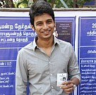 Jiiva at Polling Booth