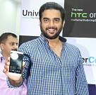 Madhavan launches HTC One