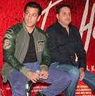 Salman Khan unveils Jai Ho movie trailer
