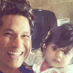 Sachin, Kohli and others wants a selfie with this baby!