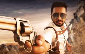 HOT : Santhanam as a cop with Dhanush's heroine!