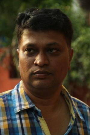 Onaaigal Jaakiradhai (aka) OnaaigalJaakiradhaai