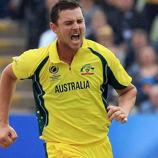 5. Josh hazlewood > points - 696