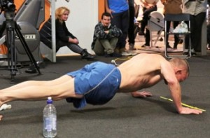 52-year-old completes 2682 push ups in an hour to set record
