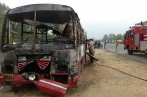 Bus collides with truck: 22 passengers killed