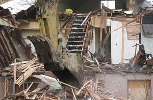 DDA demolishes shelter; Scores lose 'home'