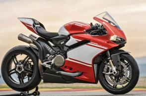 Ducati delivers first 1299 Superleggera in India