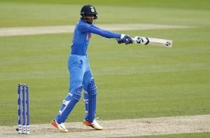 Hardik Pandya smashes the fastest fifty in an ICC ODI tournament final