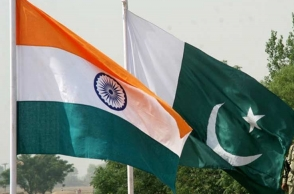 Indian, Pakistani singers sing both National Anthems and it is feast to ears