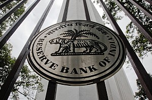 RBI stops printing Rs 2,000 notes, new Rs 200 notes coming soon