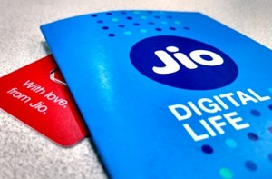 Jio to offer 2GB free data daily on Rs 499 recharge - News Shots