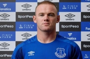 Man United's Wayne Rooney returns to Everton after 13 years