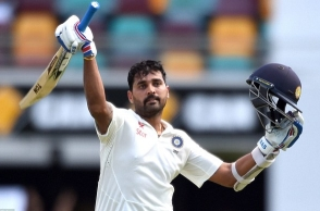 My aim is to be part of Indian team for 2019 WC: Murali Vijay