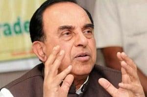 Rajini has committed financial fraud: Swamy