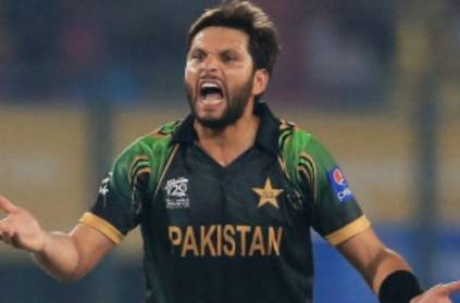 Afridi reveals his real age in his autobiography
