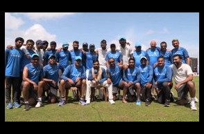 Indian men's team wishes women's team ahead of WC Final