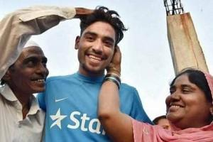 Mohammed Siraj's Father Passes Away; Emotional Cricketer Opens Up on Tragic Loss