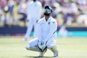 Twitter Thrashes Rishabh Pant As He Fails AGAIN to Perform in Practice Match; Tweets Go Viral!