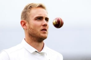 Stuart Broad injured ahead of South Africa Test series