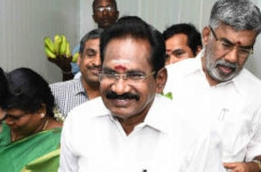All ministers including me saw Jayalalithaa in hospital: Sellur K Raju