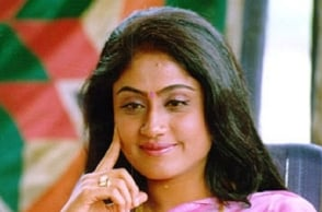 Case against actress Vijayashanthi quashed